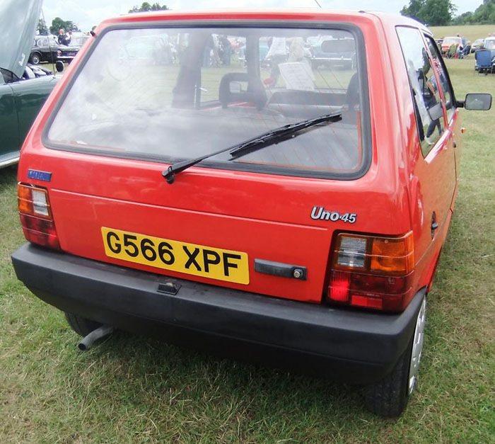 1991 fiat uno 45 fire red 999cc back