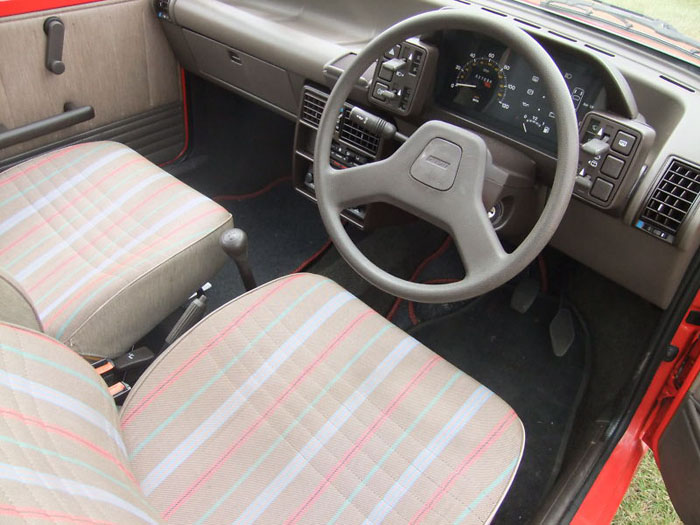 1991 fiat uno 45 fire red 999cc interior 1
