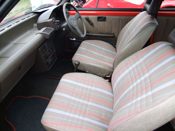 1991 fiat uno 45 fire red 999cc interior 2