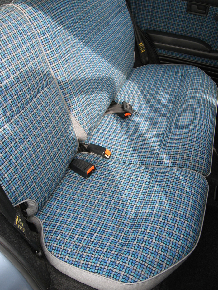 1988 Fiat Uno 60 Super Rear Seats