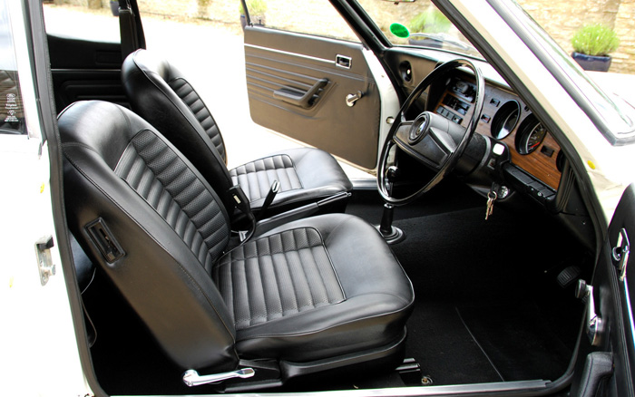 1974 Ford Capri MK1 1600 XL Interior 2