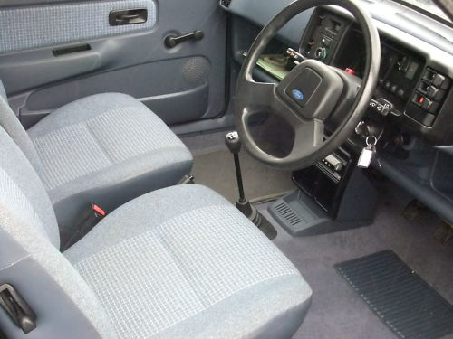 1987 ford fiesta 1.1l interior 1