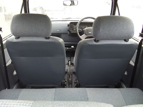1987 ford fiesta 1.1l interior 2