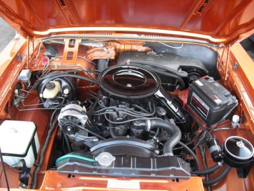 1975 ford granada ghia coupe engine bay