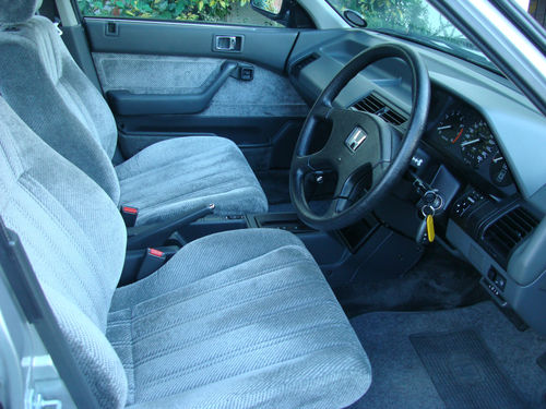 1986 Honda Accord 4AD II 2.0 Front Interior
