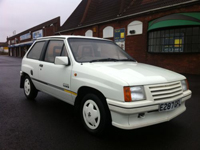 501 1987 vauxhall nova club white icon