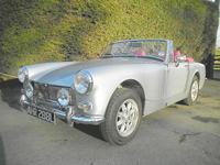 572 1972 mg midget in silver icon