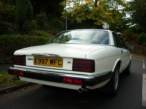 1987 jaguar xj6 white 3