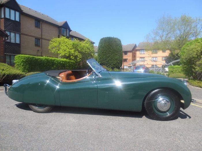 1954 Jaguar XK-120 Roadster Right Side
