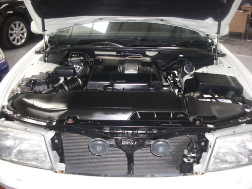 1996 lexus ls400 engine bay