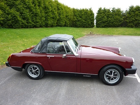 1977 mg midget damask red 3
