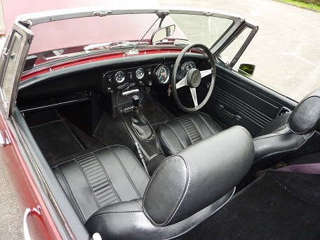 1977 mg midget damask red interior