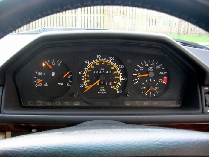1994 mercedes benz e320 dashboard