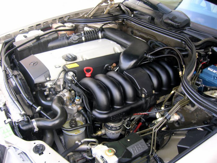 1994 mercedes benz e320 engine bay 2