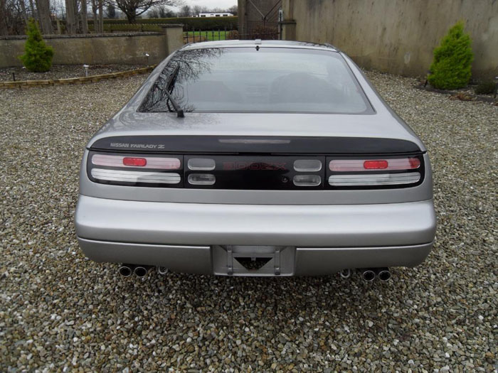 1999 nissan 300zx version s back