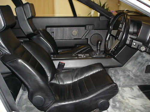 1986 renault gta v6 turbo interior 1