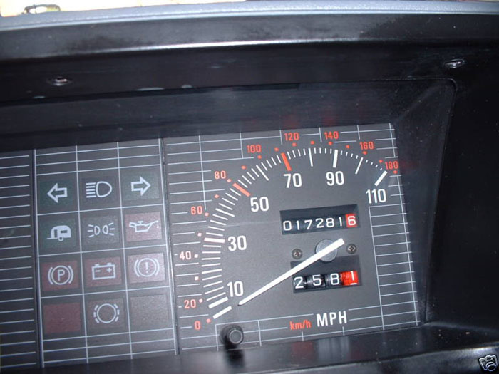 1990 rover metro 1.3 red speedometer