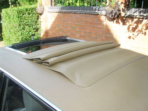 1972 rover 2000 sc p6 roof