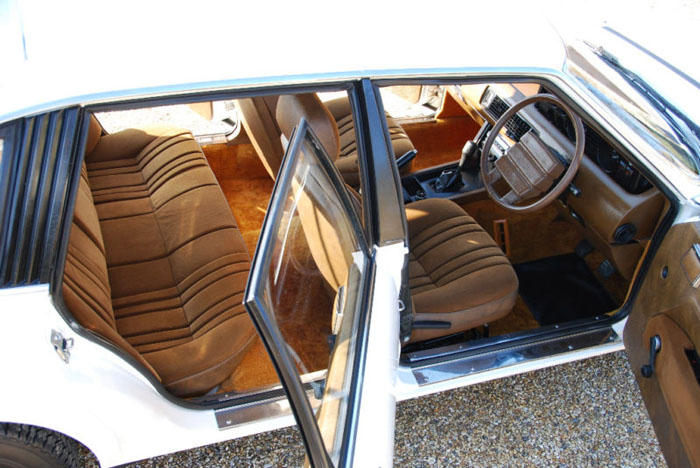 1979 series 1 rover sd1 2600 interior 1