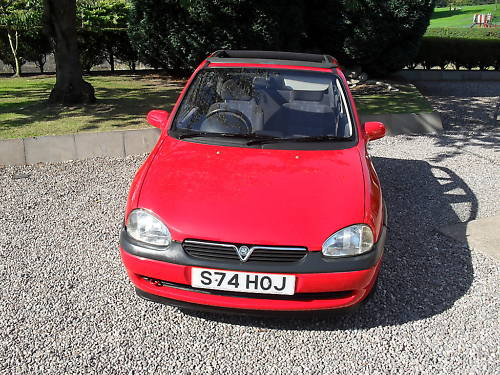 1998 1.4l vauxhall corsa convertible cabriolet 2