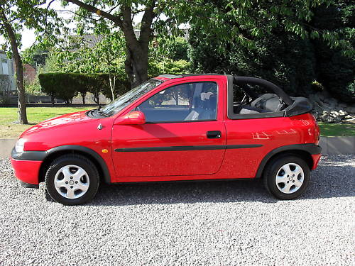 1998 1.4l vauxhall corsa convertible cabriolet 4