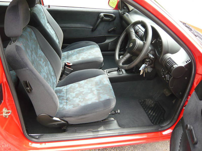 1998 s vauxhall corsa breeze 16v automatic interior 1