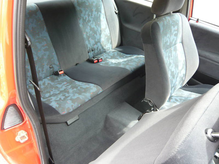 1998 s vauxhall corsa breeze 16v automatic interior 2